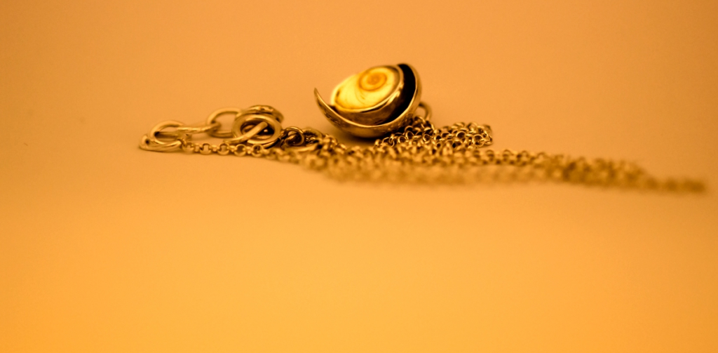 mallorca_shell_pendant